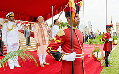 Indian_PM_and_SriLanka_President_at_the_welcome_ceremony